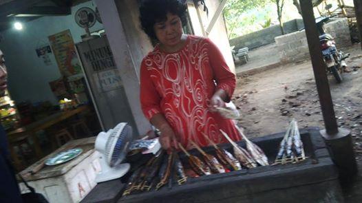 Dokumen @Cupunoted: Suanan bakaran tongkol, di salah satu warung permanaen, seporsi 12 ribu.